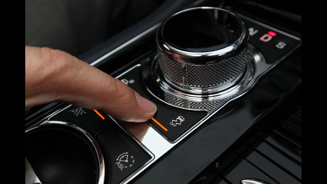 Jaguar XJ 3.0 AWD, Bedienelemente