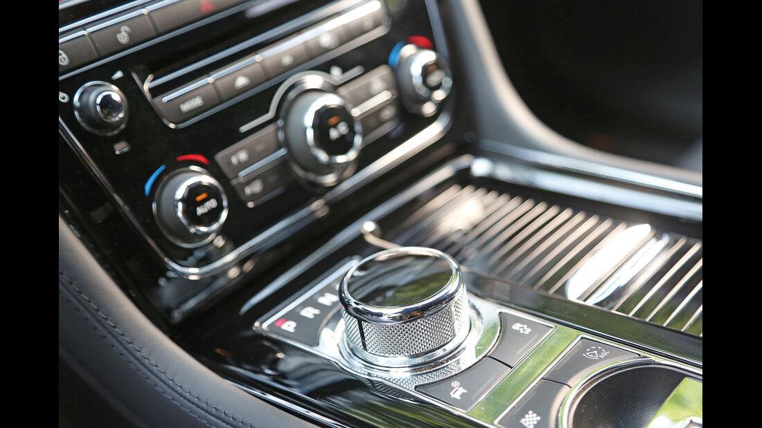 Jaguar XJ 3.0 D LWB, Mittelkonsole