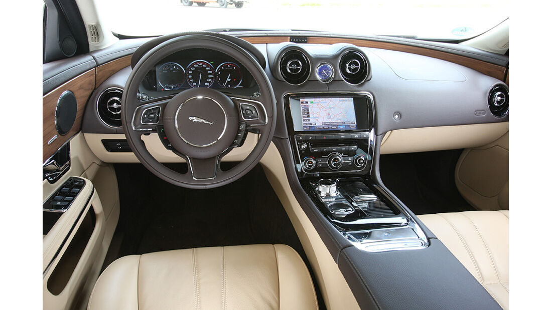 Jaguar XJ 3.0 Diesel, Cockpit