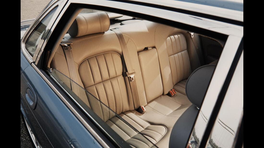 Jaguar XJ 300, Interieur