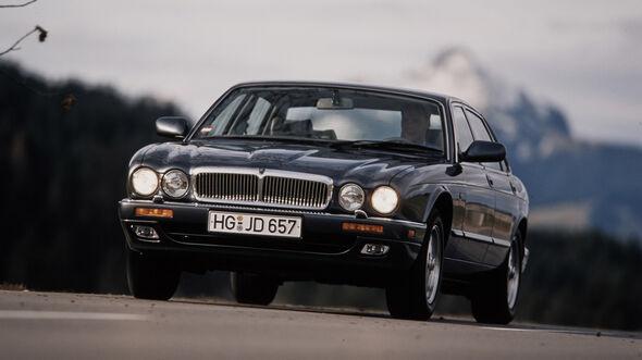 Jaguar XJ 300