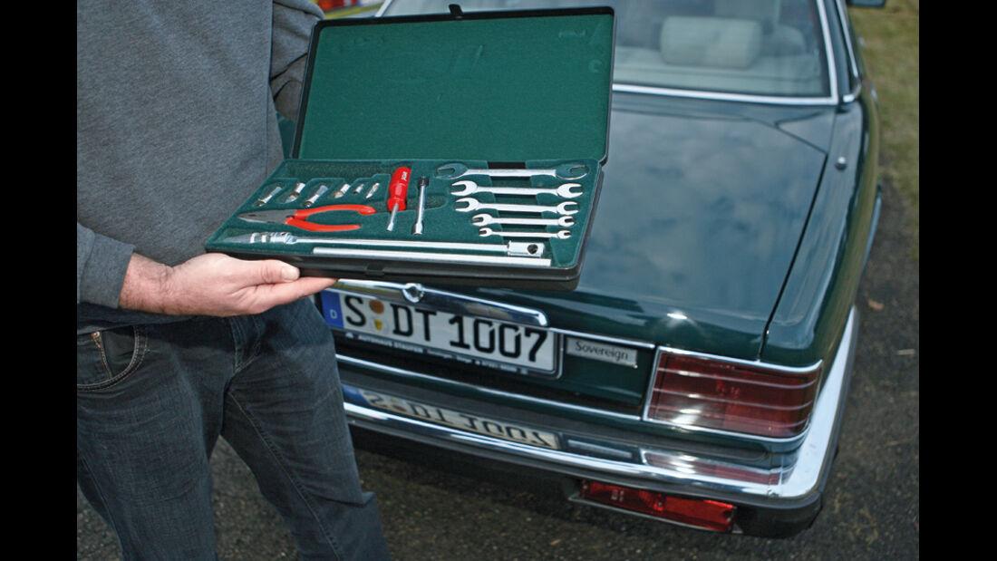 Jaguar XJ 6 Sovereign 4.0, Baujahr 1991, Werkzeugset