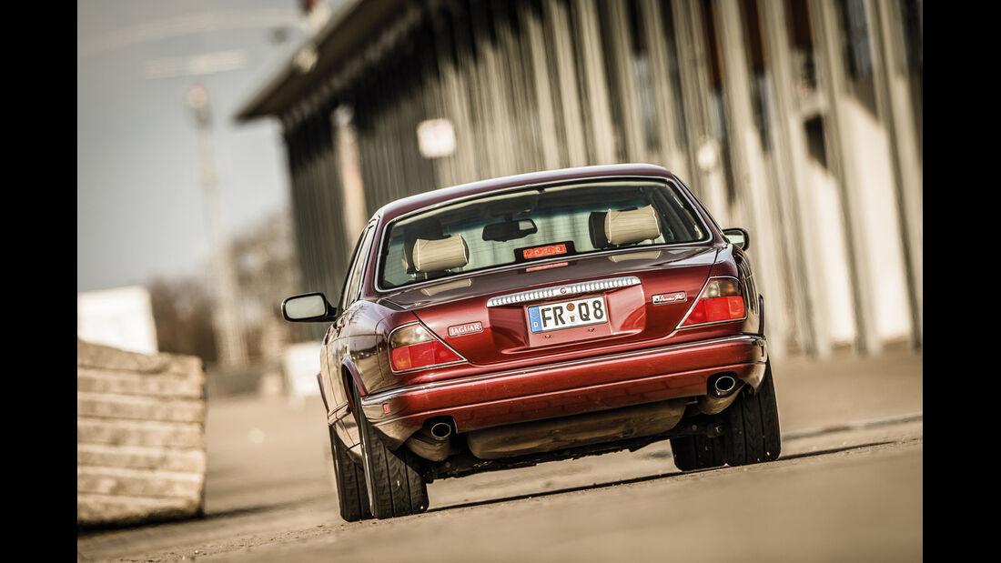 Jaguar XJ 6 (X 300), Heckansicht