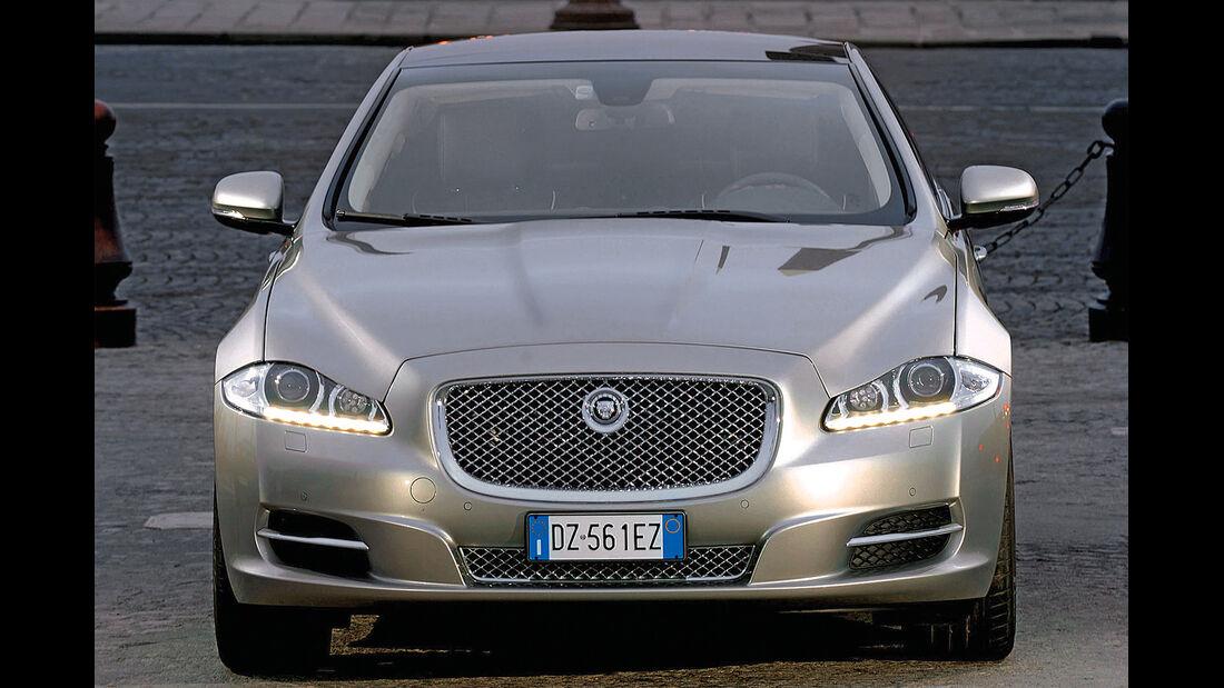 Jaguar XJ, Frontansicht