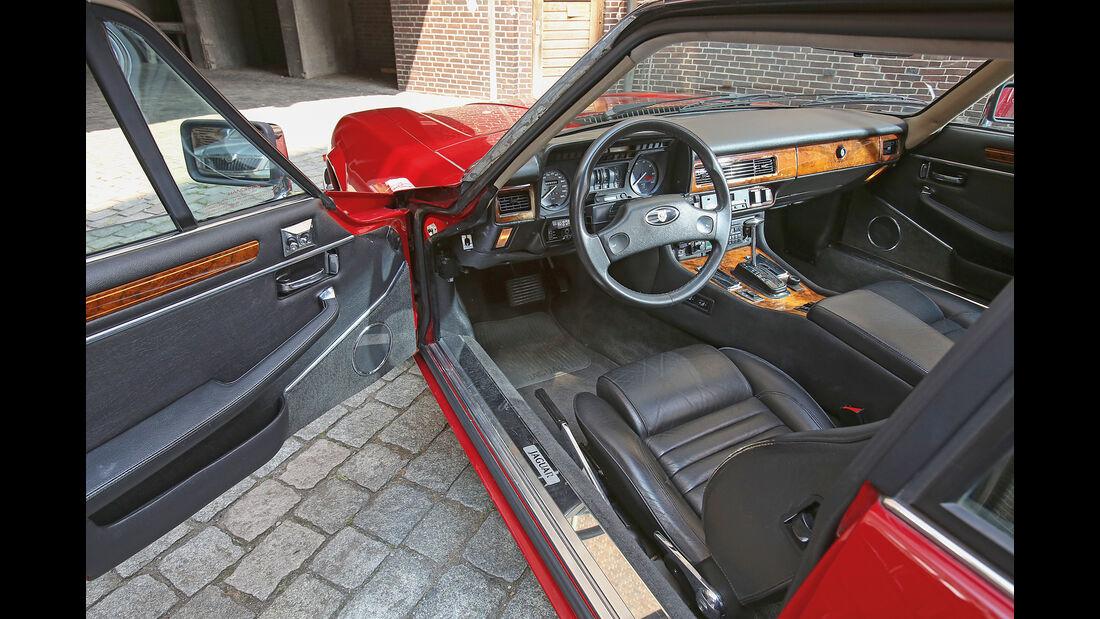 Jaguar XJ-S, Cockpit