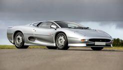 Jaguar XJ220 (1993)