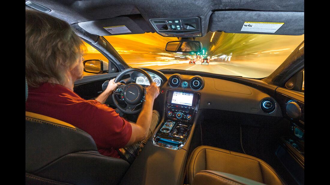 Jaguar XJR, Cockpit, Fahrersicht