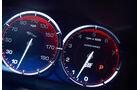 Jaguar XJR, Instrumente