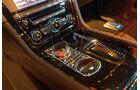 Jaguar XJR, Mittelkonsole