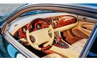 Jaguar XK8, Cockpit