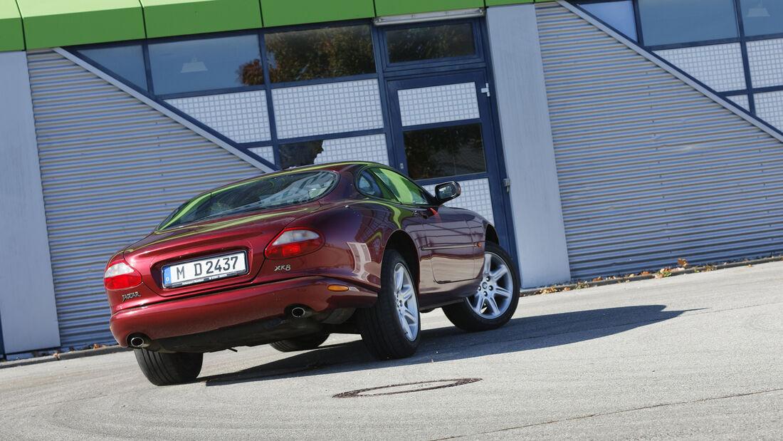 Jaguar XK8 Coupé, Exterieur