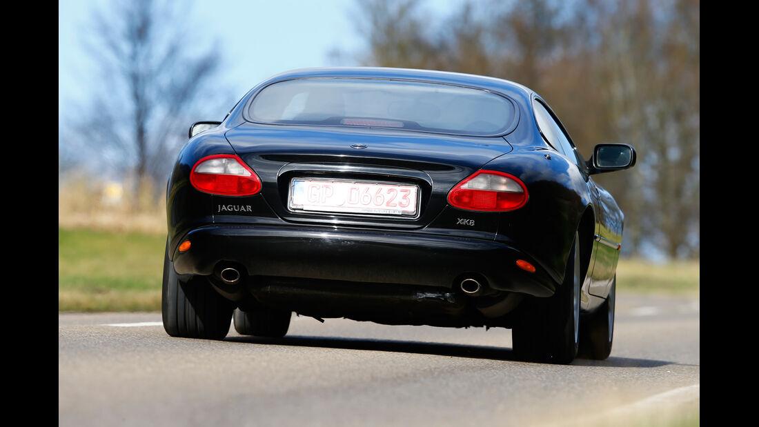 Jaguar XK8, Heckansicht