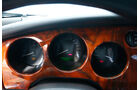 Jaguar XK8, Rundinstrumente