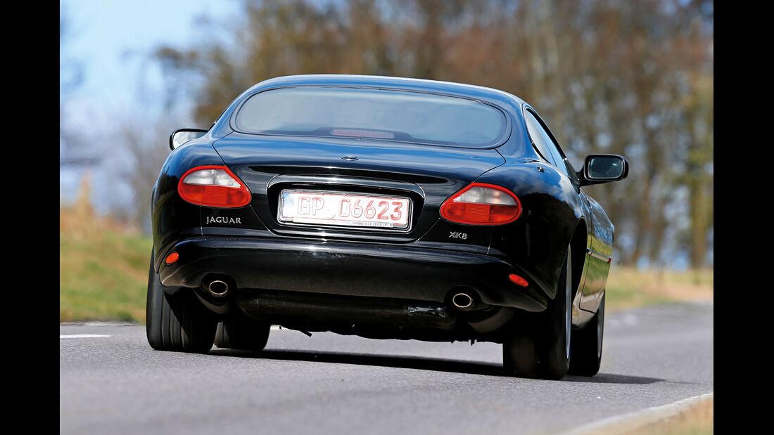 Jaguar XK8 (X100), Heckansicht