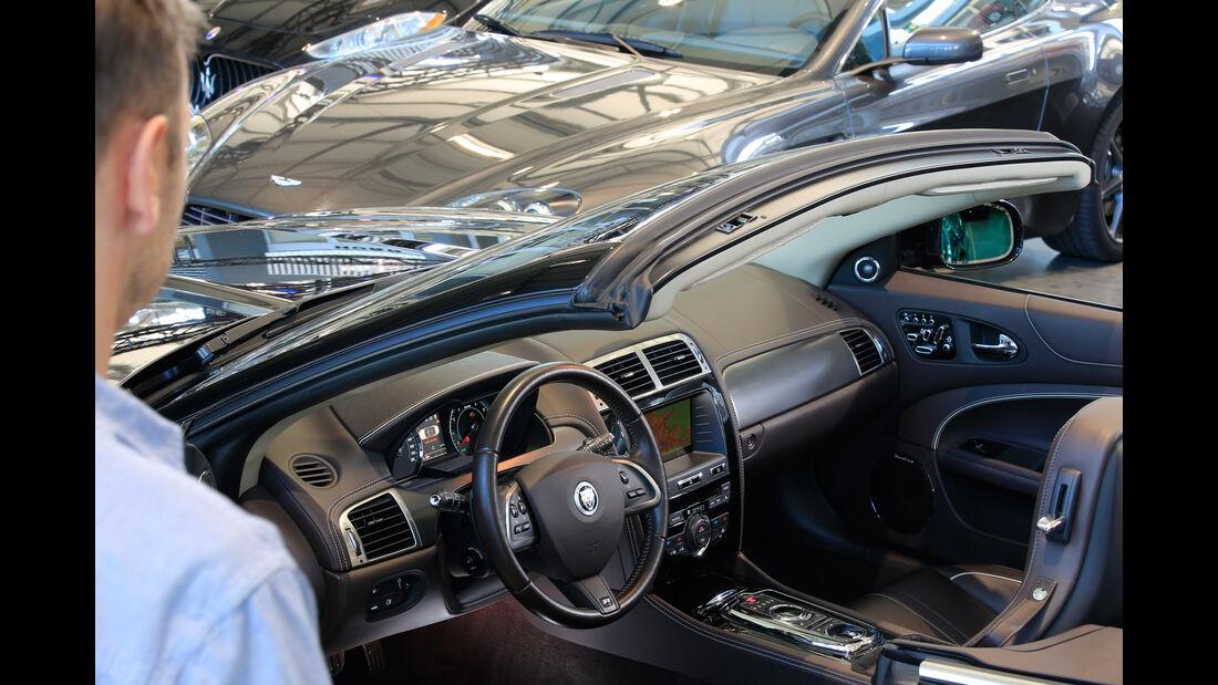 Jaguar XKR, Cockpit
