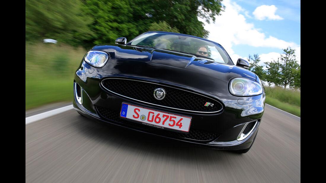Jaguar XKR, Frontansicht