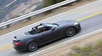 Jaguar XKR-S Cabrio, Seite