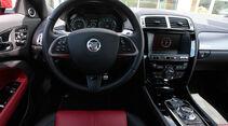 Jaguar XKR-S Coupe, Cockpit