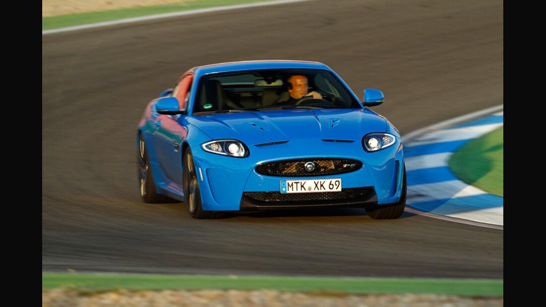 Jaguar XKR-S, Frontansicht, Kurve