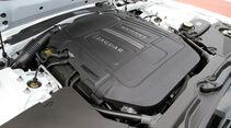 Jaguar XKR-S, Motor
