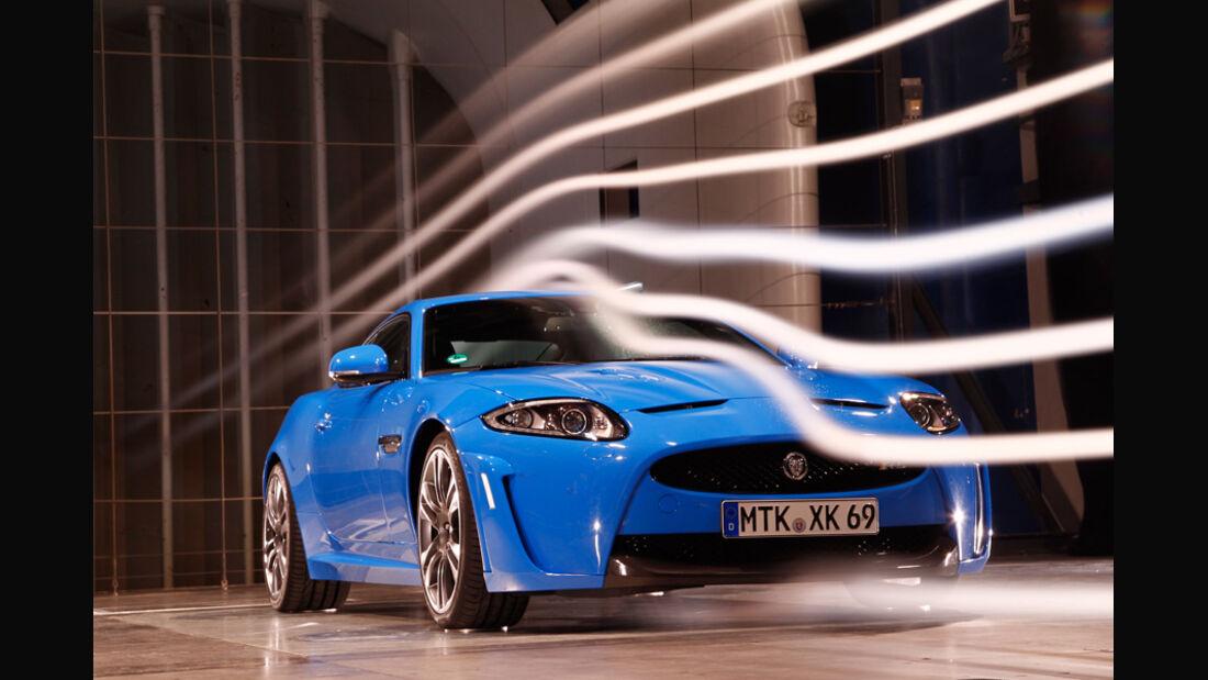 Jaguar XKR-S, Windkanal, Front
