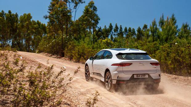 Jaguar i-pace EV400