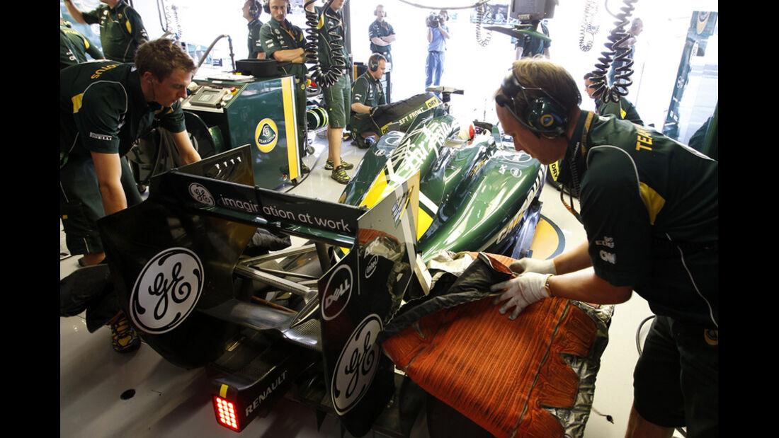 Jarno Trulli Lotus GP Japan 2011
