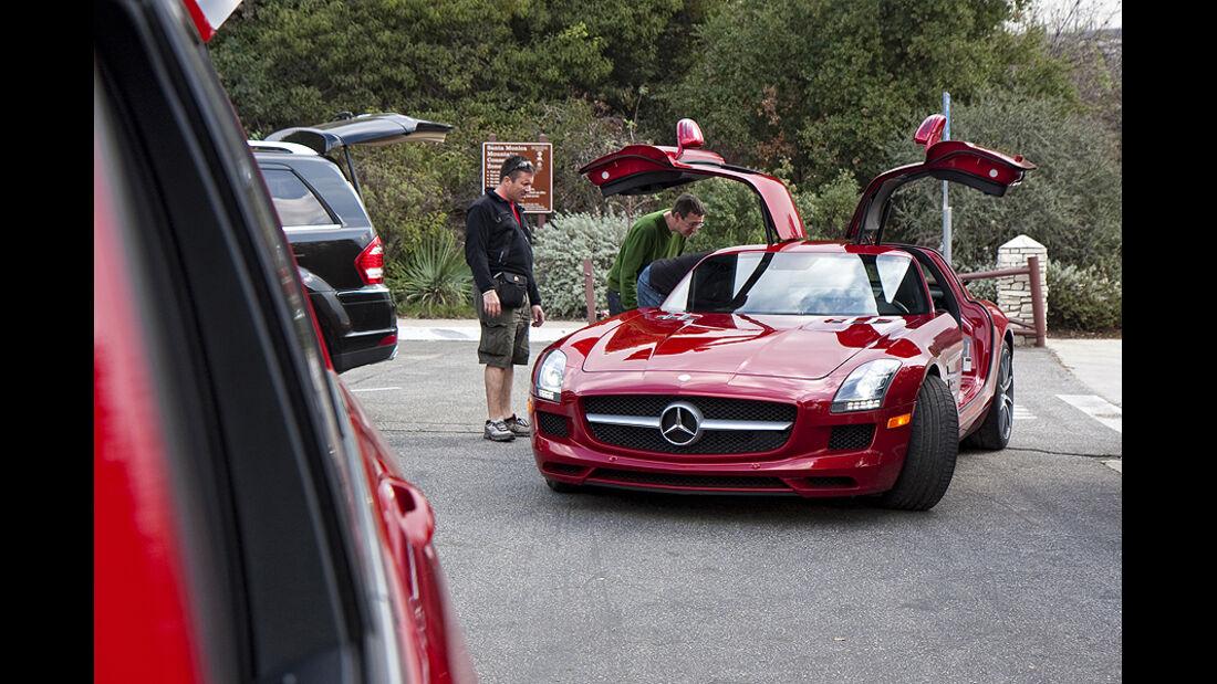 Jay Leno im Mercedes SLS AMG