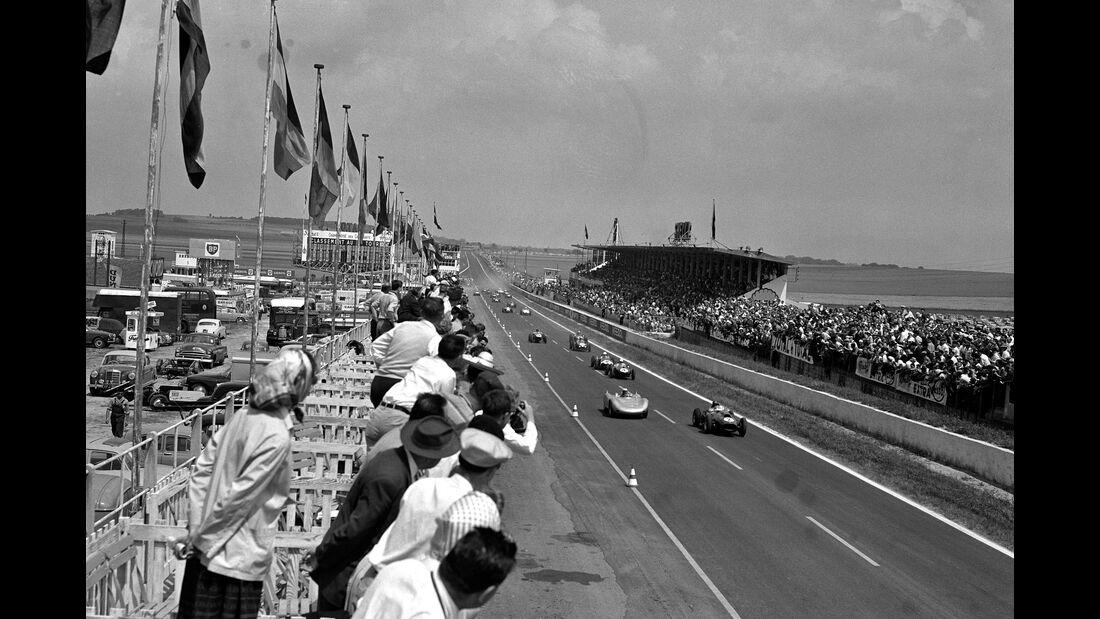 Jean Behra - Porsche 718 RSK - Peter Collins - Ferrari Dino 246 - GP Frankreich 1958 - Reims