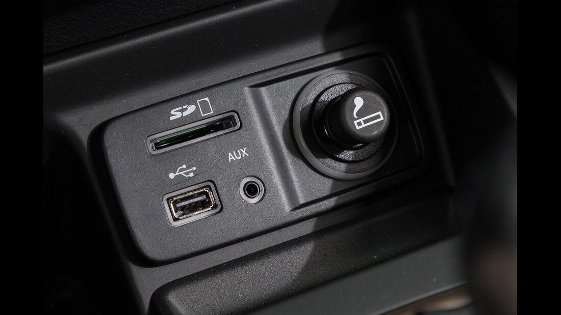 Jeep Cherokee 2.0 Multijet, Bedienelemente, Anschlüsse