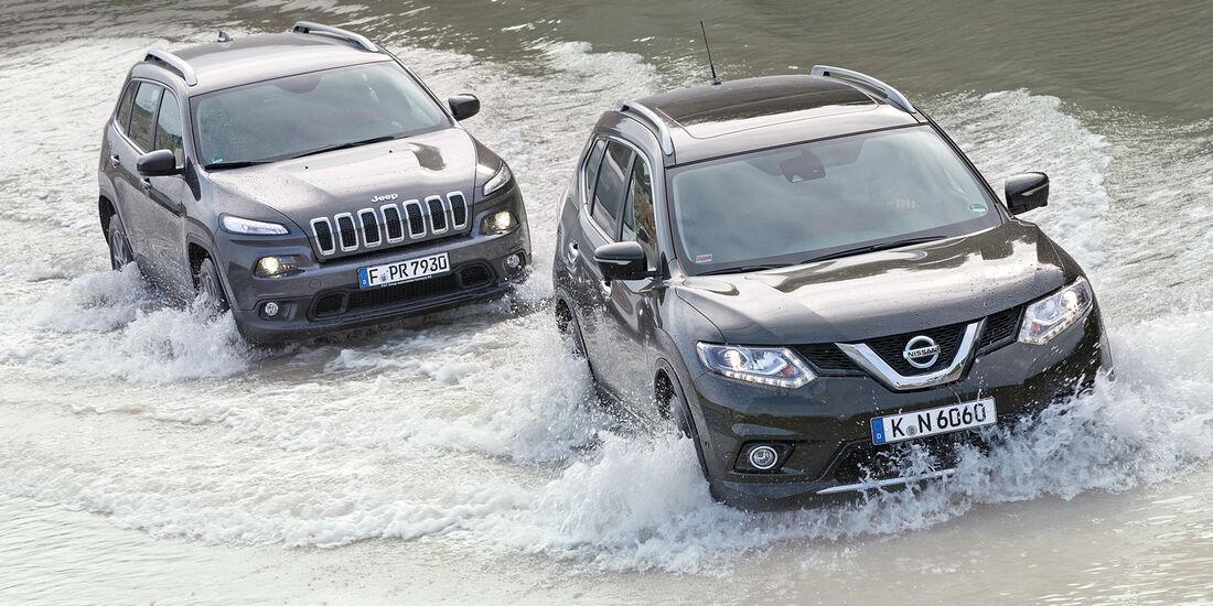 Jeep Cherokee 2.0 Multijet, Nissan X-Trail 1.6 dCi 4x4, Wasserdurchfahrt