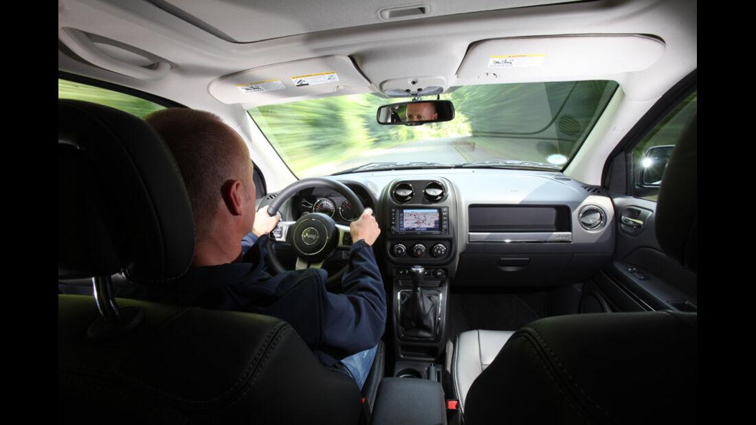Jeep Compass 2.2 CRD Limited, Cockpit, Christian Bangemann