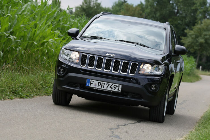 jeep compass 2 2 crd limited im test lauter brummer auto motor und sport. Black Bedroom Furniture Sets. Home Design Ideas