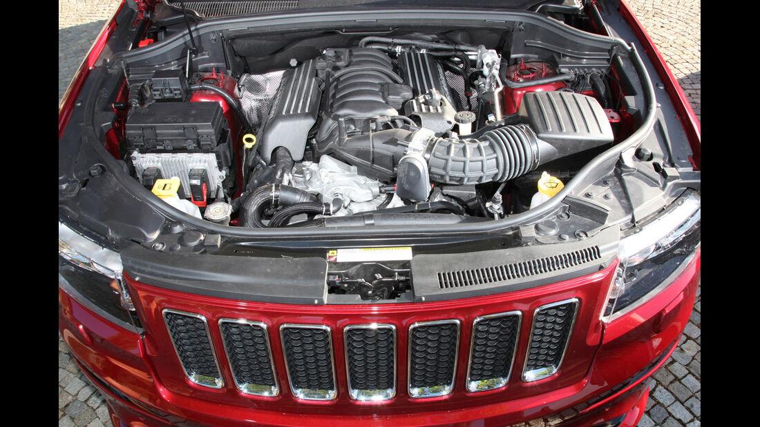 Jeep Grand Cherokee SRT, Motor