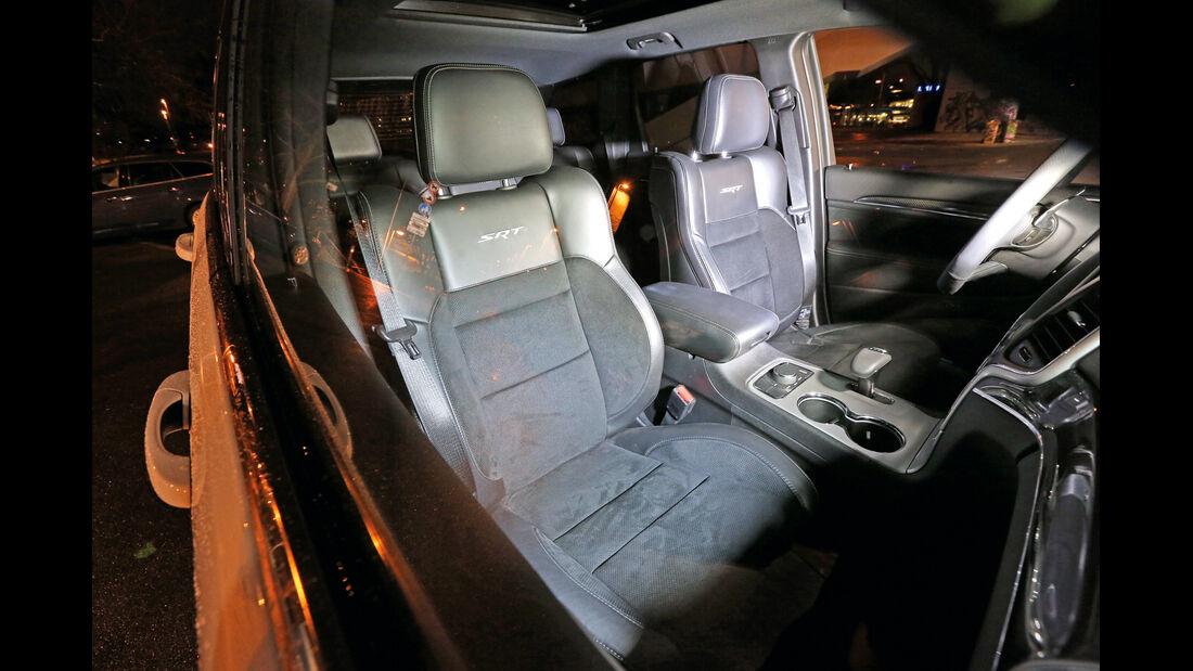 Jeep Grand Cherokee SRT, Sitze, Interieur