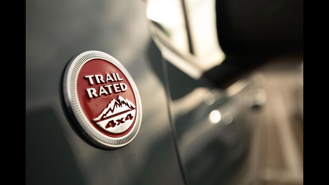 Jeep Renegade Trailhawk, Emblem