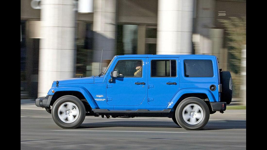 Jeep Wrangler Unlimited Sahara 2011