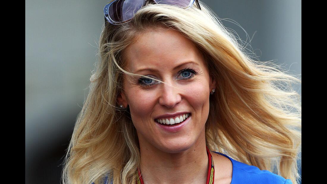 Jennifer Becks (Freundin von Adrian Sutil) - Formel 1 - GP Japan - Suzuka - 4. Oktober 2014