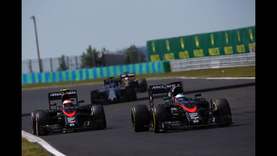 Jenson Button - Fernando Alonso - McLaren-Honda - GP Ungarn - Budapest - Rennen - Sonntag - 26.7.2015