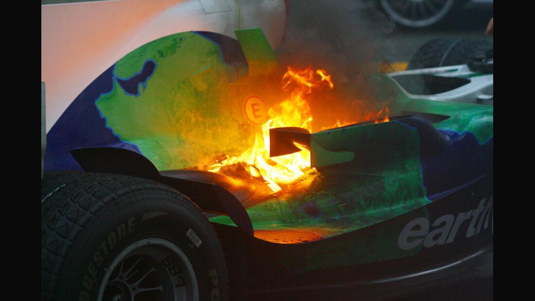 Jenson Button - Feuer am Honda