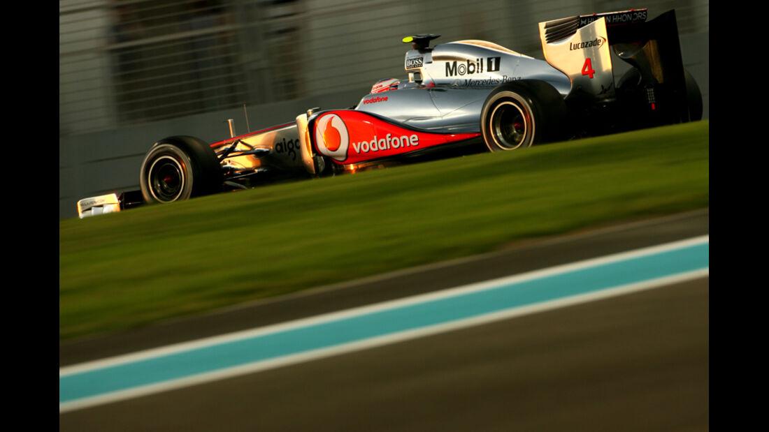 Jenson Button - GP Abu Dhabi - Freies Training - 11. November 2011