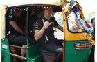 Jenson Button - Motor-Rikscha - GP Indien - 27.10.2011