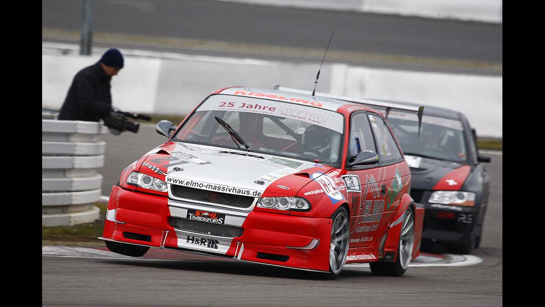 Jochen Thissen im Opel Astra F, Meister 2-Liter Klasse