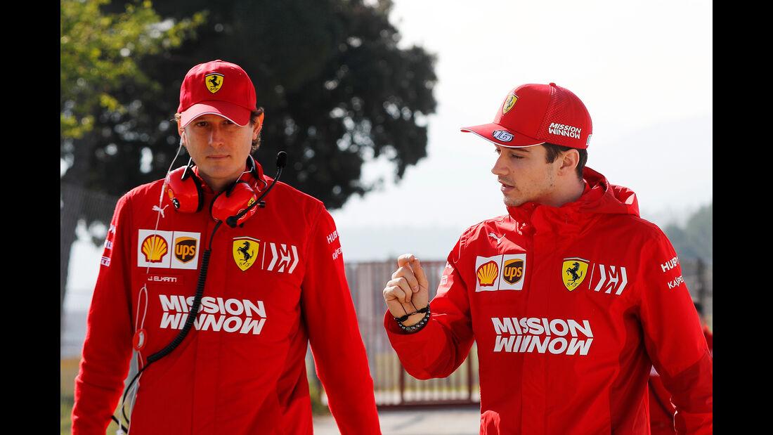 John Elkann & Charles Leclerc - Ferrari - Barcelona - F1-Test - 01. März 2019