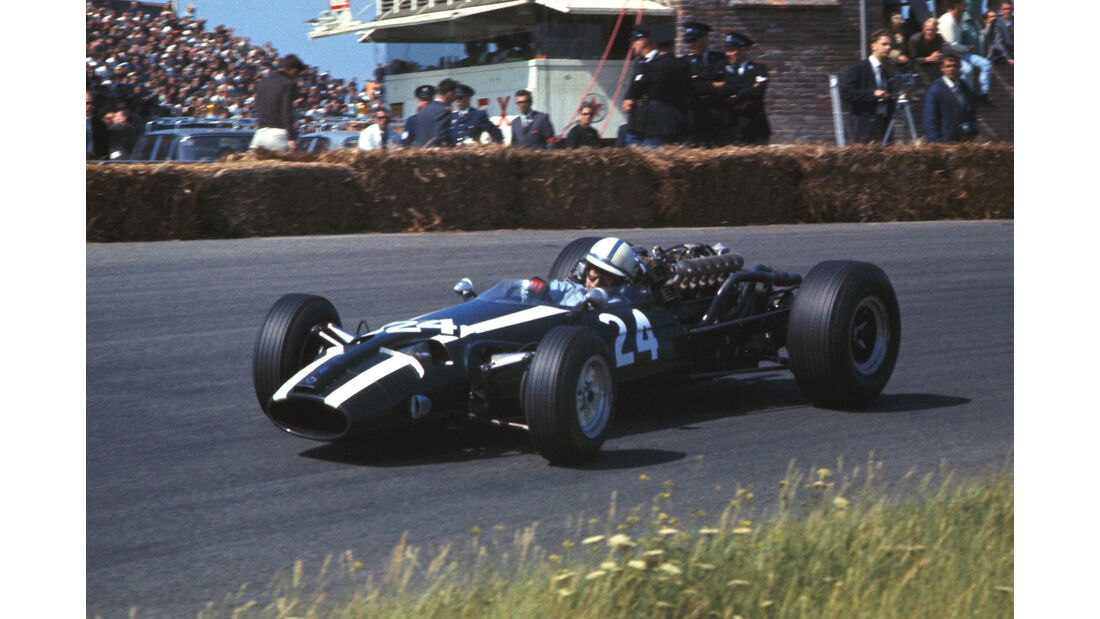 John Surtees - Cooper T81 - GP Holland 1966 - Zandvoort