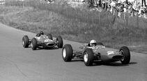 John Surtees - Ferrari 158 - Dan Gurney - Brabham BT7 - Zandvoort 1964