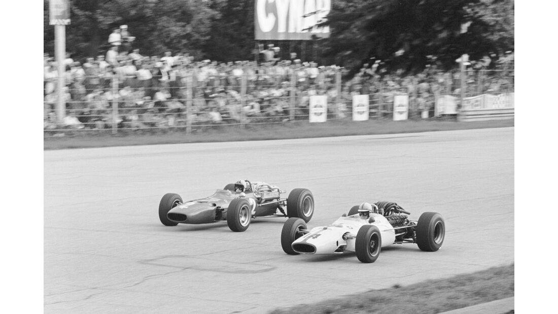 John Surtees - Honda RA300 - Chris Amon - Ferrari 312 - GP Italien 1967 - Monza