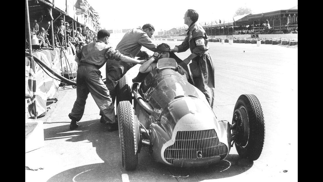 Juan Manuel Fangio - Alfa Romeo 158 - GP England 1950