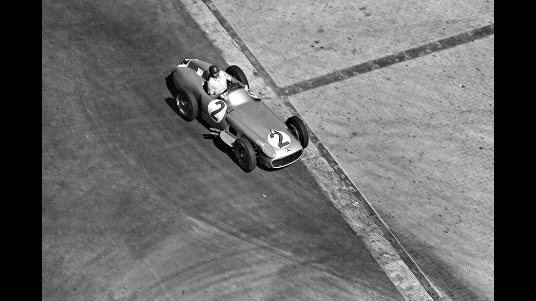 Juan Manuel Fangio - Mercedes W 196 R - Monaco 1955