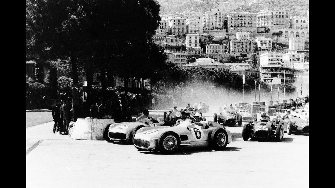 Juan Manuel Fangio - Stirling Moss - Mercedes W 196 R - Alberto Ascari - Lancia D50 - GP Monaco 1955